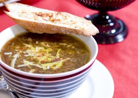 BACKGROUND French Onion Soup