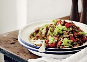 BACKGROUND Lentil salad with Celery leaves