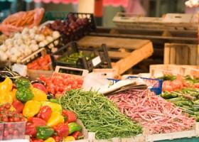 FEATURE Farmers Market