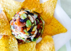 Meatless Monday No-cook Vegan Nachos