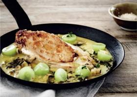 BACKGROUND Tarragon Chicken breasts