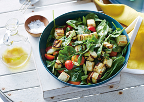 Fired-Up-Vegetarian---Paneer-Spinach-Salad-feature-image